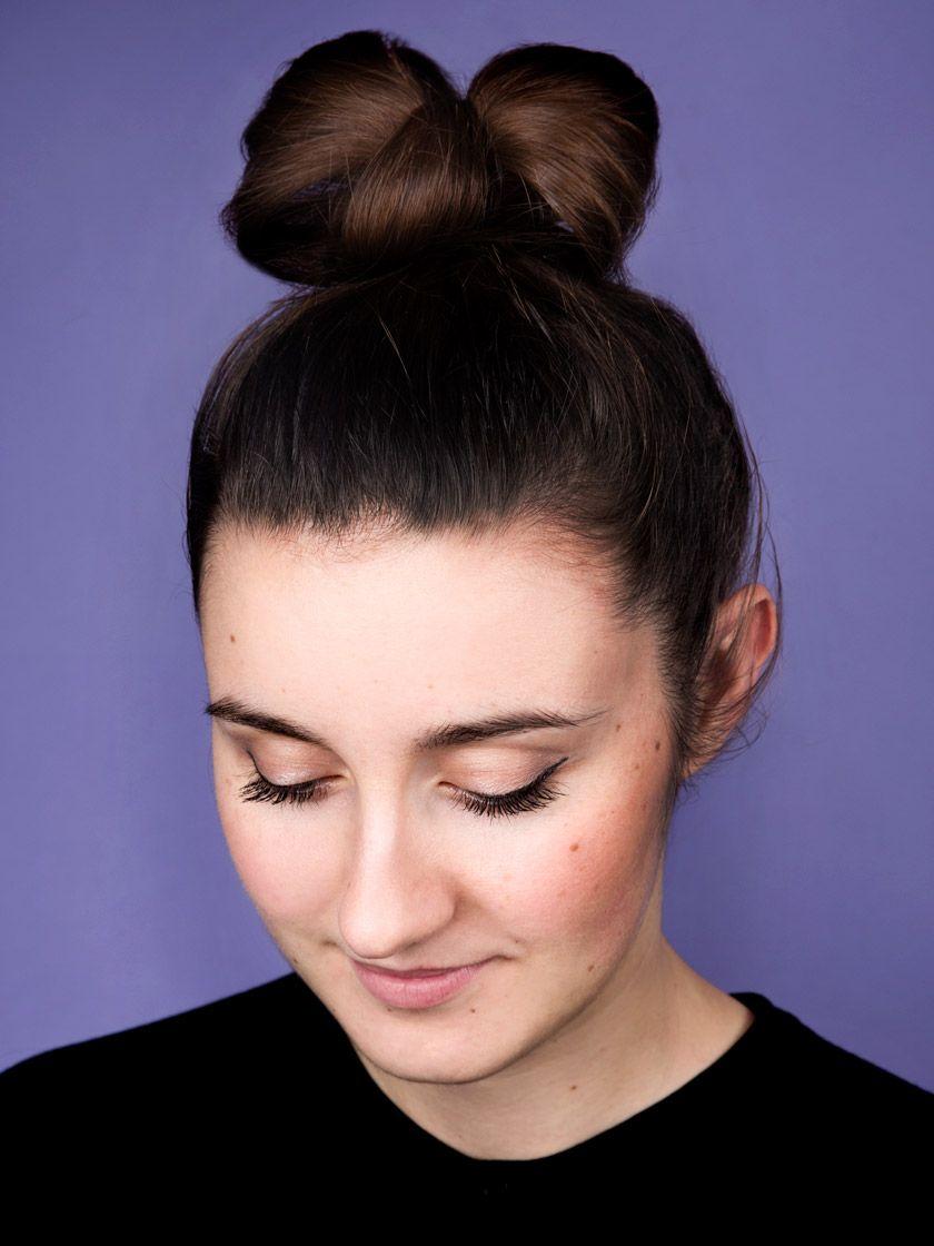 Das Sind Die Schonsten Frisuren Fur Die Du Nur Deinen Invisibobble Brauchst Anleitung Medium Haare Styling Kurzes Haar Schone Frisuren