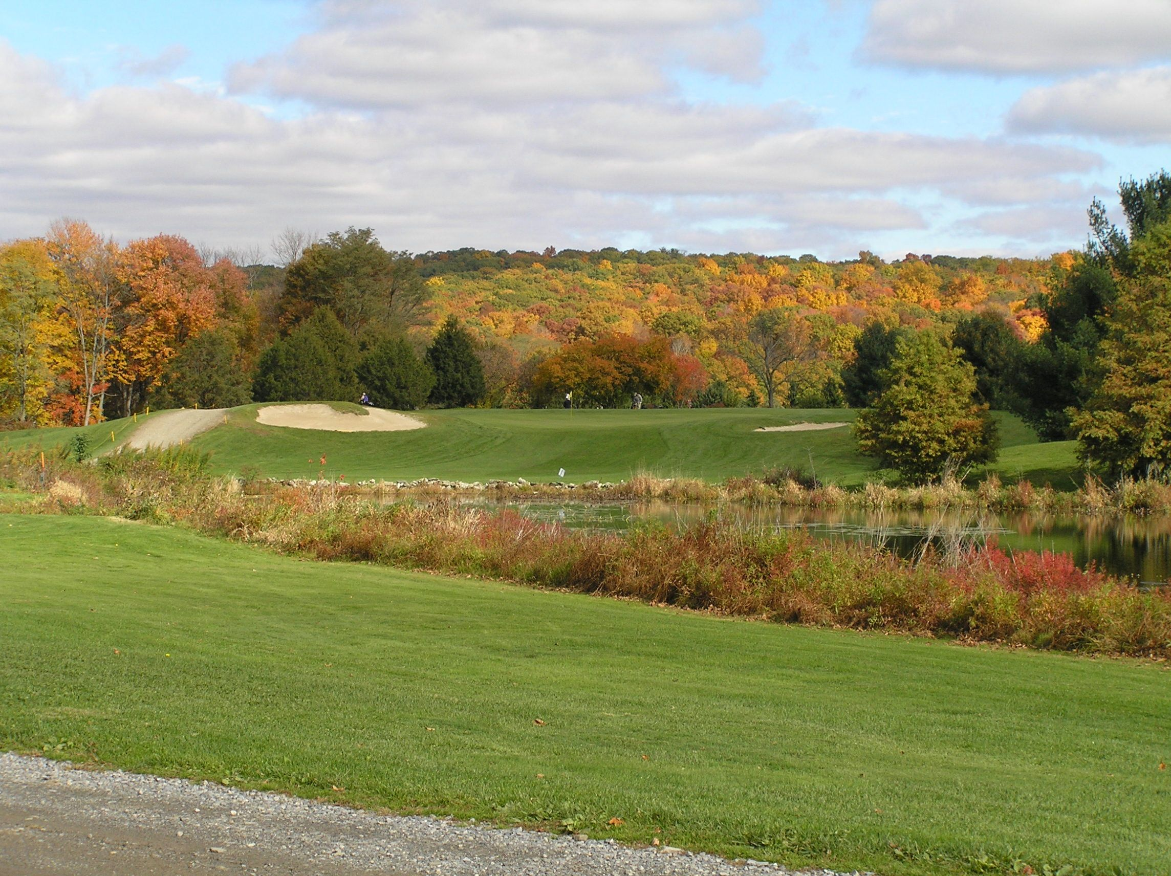 James Baird State Golf Course. Nationally renowned golf architect, Robert Trent Jones designed this scenic, fairly flat 18-hole golf course on a large tract of farmland in Pleasant Valley. To golfers' delight, the par 5, 13th hole is one of the most challenging in the Hudson Valley. - See more at: http://nysparks.com/golf-courses/1/details.aspx#sthash.ODUyw2gr.dpuf