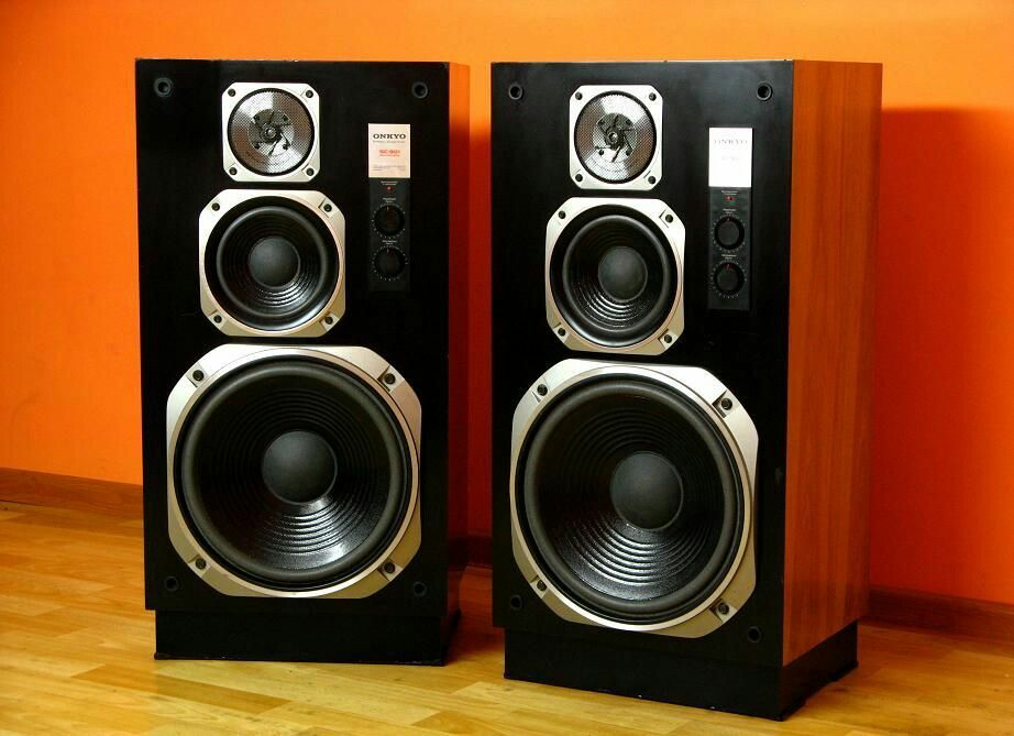 Pin By Akhilesh On Audio Vintage Speakers Sound Boxes Hifi