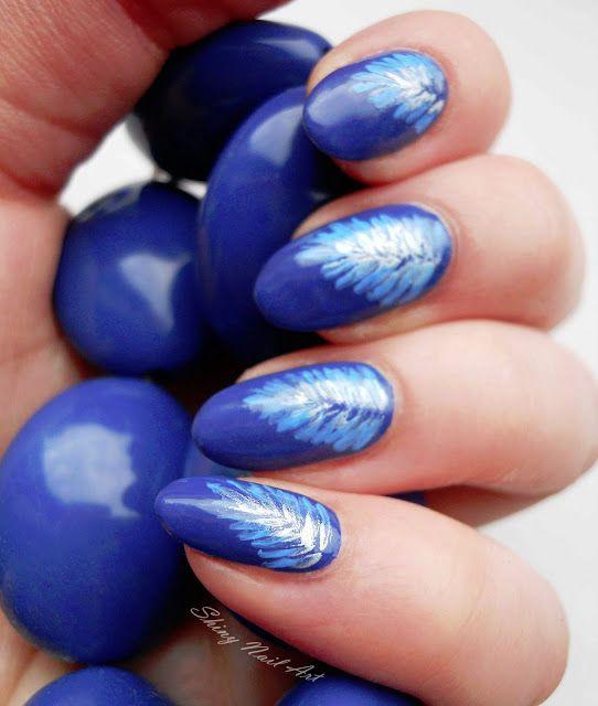 Shiny Nail Art: Sinistä ja käsinmaalattua miittiin