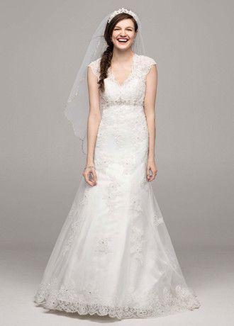 64c5e6d67fd6 Pin by Meredith Huseman on Becoming the Husemans | Wedding dresses ...