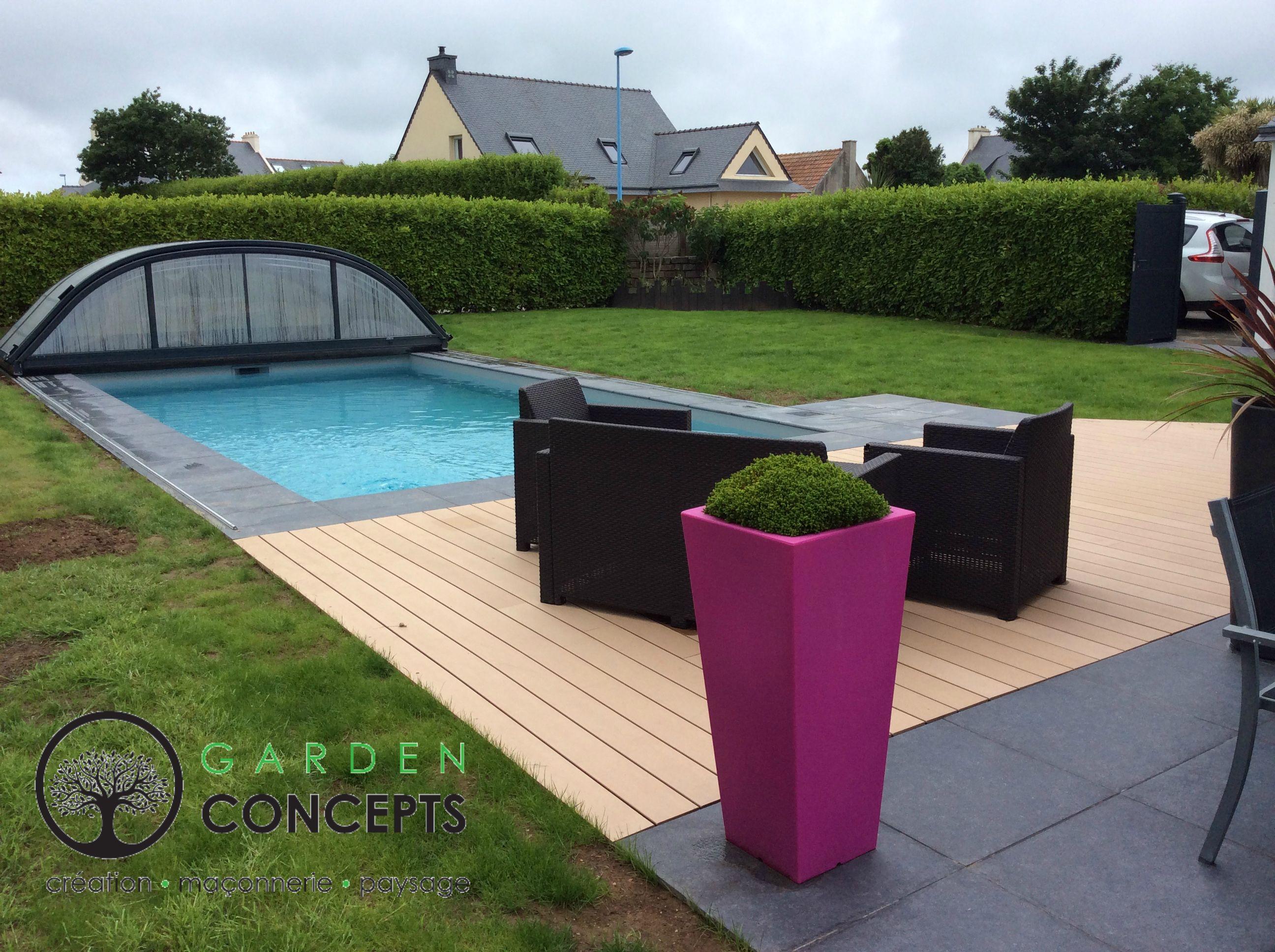 Terrasse Bois Composite Et Carrelage Autour D Une Piscine