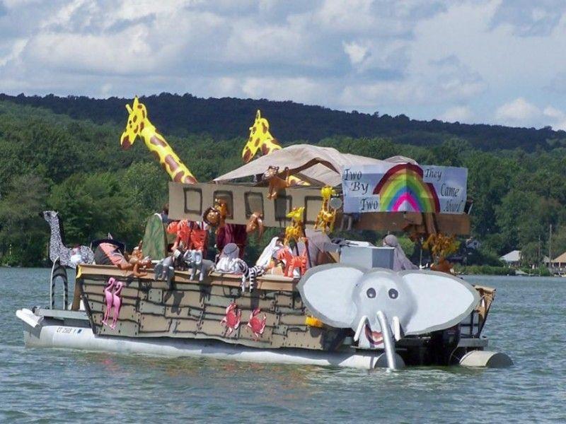 halloween boat parade - Google Search   Boat Parade Ideas ...