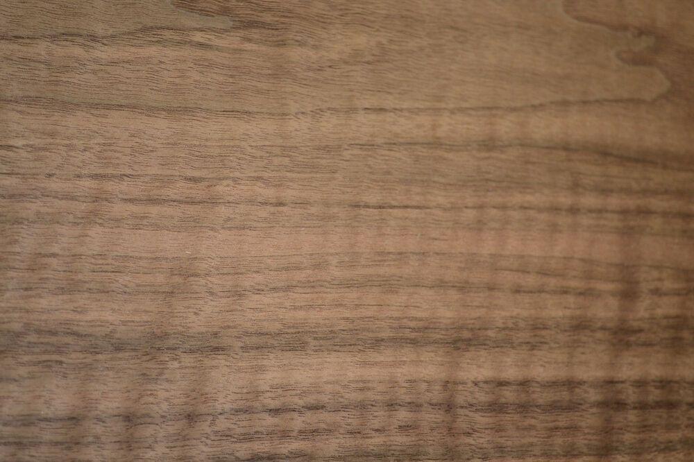 Walnut Raw Wood Veneer Sheets 13 5 X 46 Inches 1 42nd Thick C8709 6 Rawwoodveneer Wood Veneer Sheets Wood Veneer Raw Wood