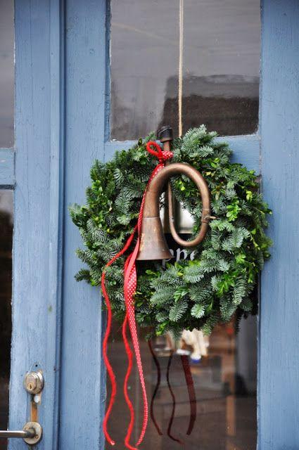 LILJOR OCH TULPANER: Det börjar bli dags för julkransarna!