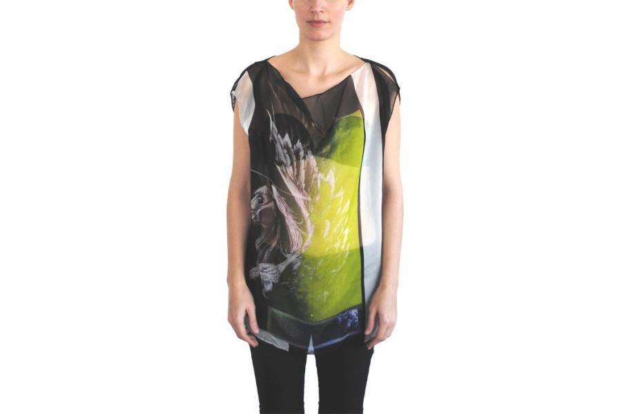 SILK TOP - PEGASO SS14 - Silk Top - Pegaso Fluro & Pegasus print top by The Textile Rebels Composition: 100% Silk