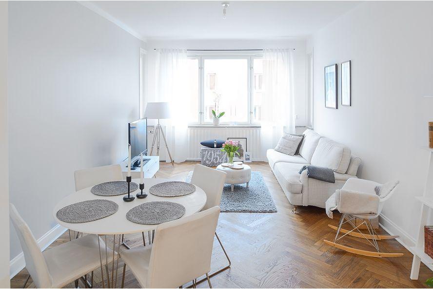 Un apartamento femenino y coqueto en suecia decorar tu for Decorar un despacho femenino