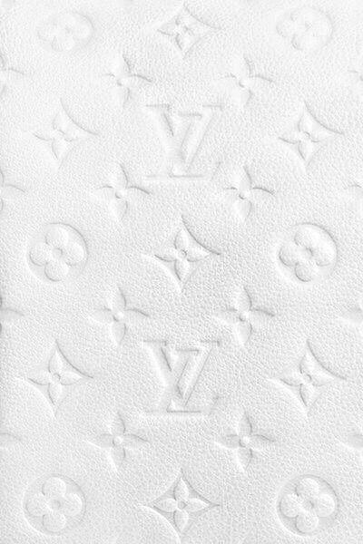 Wallpaper LV @mayararimolo - #DisneyWallpapersPhoneBackgrounds #LV #mayararimolo #Wallpaper | White wallpaper for iphone, Pink wallpaper iphone, White wallpaper