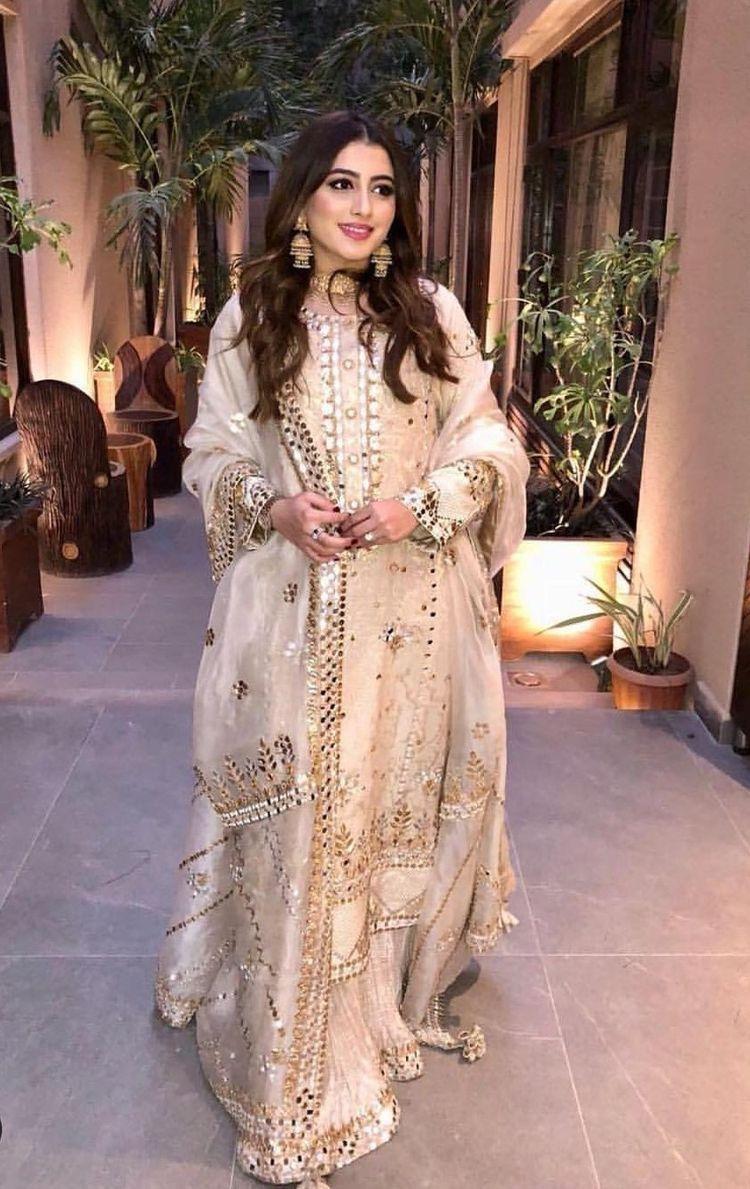 Pinterest: @pawank90 | Pakistani dress design, Pakistani outfits, Pakistani  bridal dresses