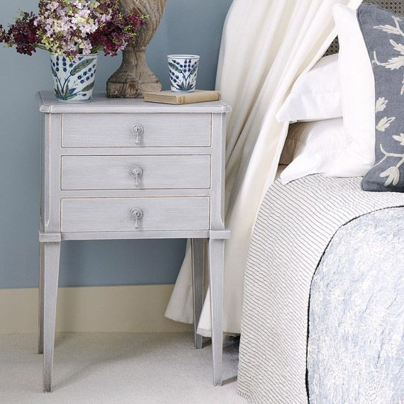 Aquila Bedside Chest of Drawers, Small
