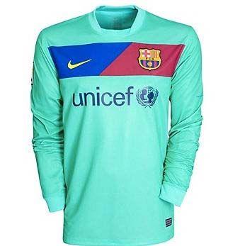 newest 1409b 48195 Pin på Nike Football Kits