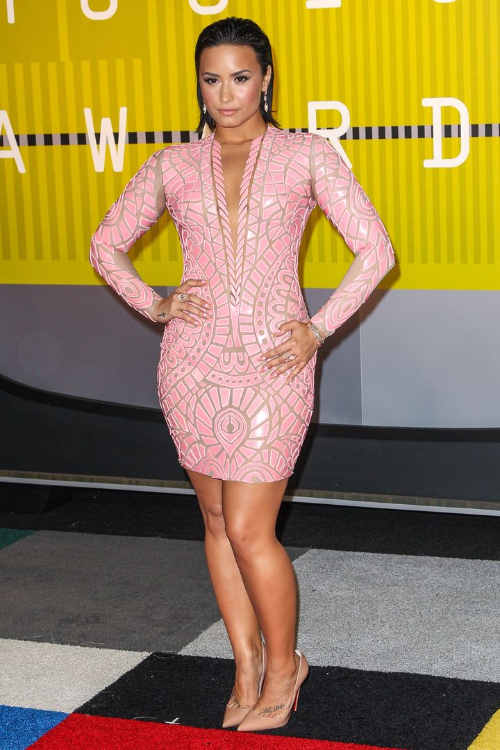 Demi Lovato legs | Demi lovato style, Demi lovato legs