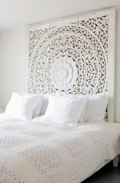 Wunderschönes Schlafzimmer im romantischen Landhausstil und ganz in weiß #indischeswohnzimmer
