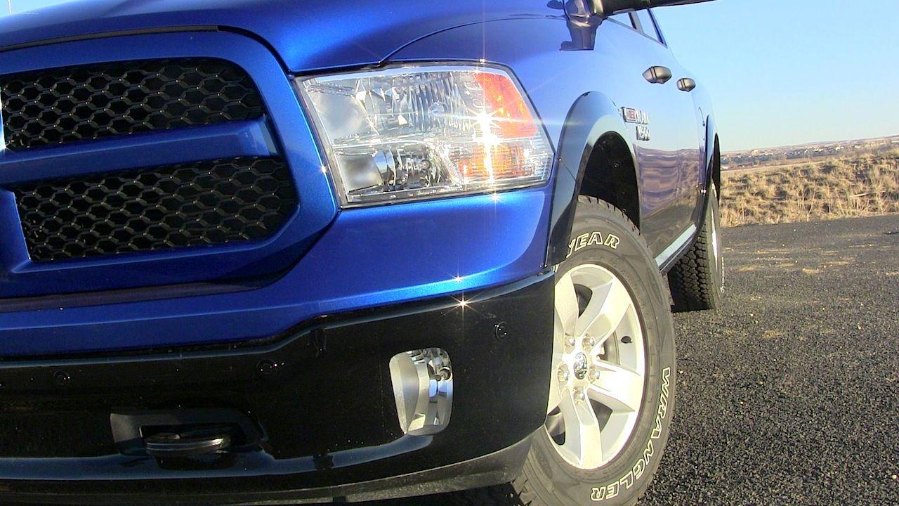 2015 Ram 1500 Ecodiesel Headlight New Trucks Trucks Chrysler Dodge Jeep