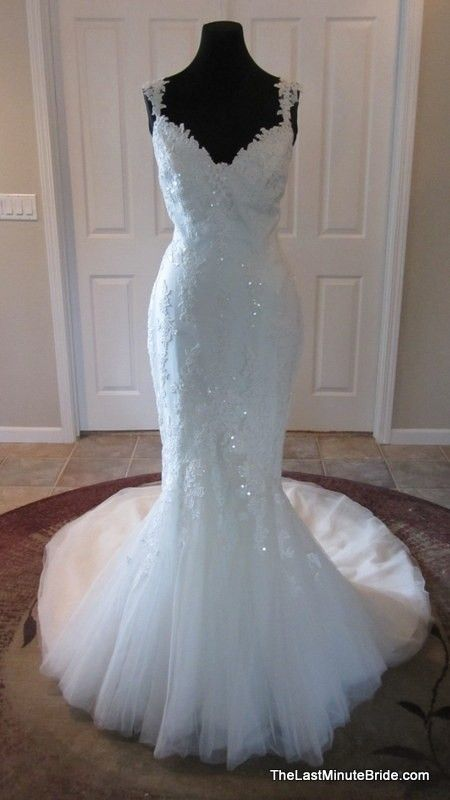 Off White / Ivory Tulle and Guipure Land Modern Wedding Dress ...