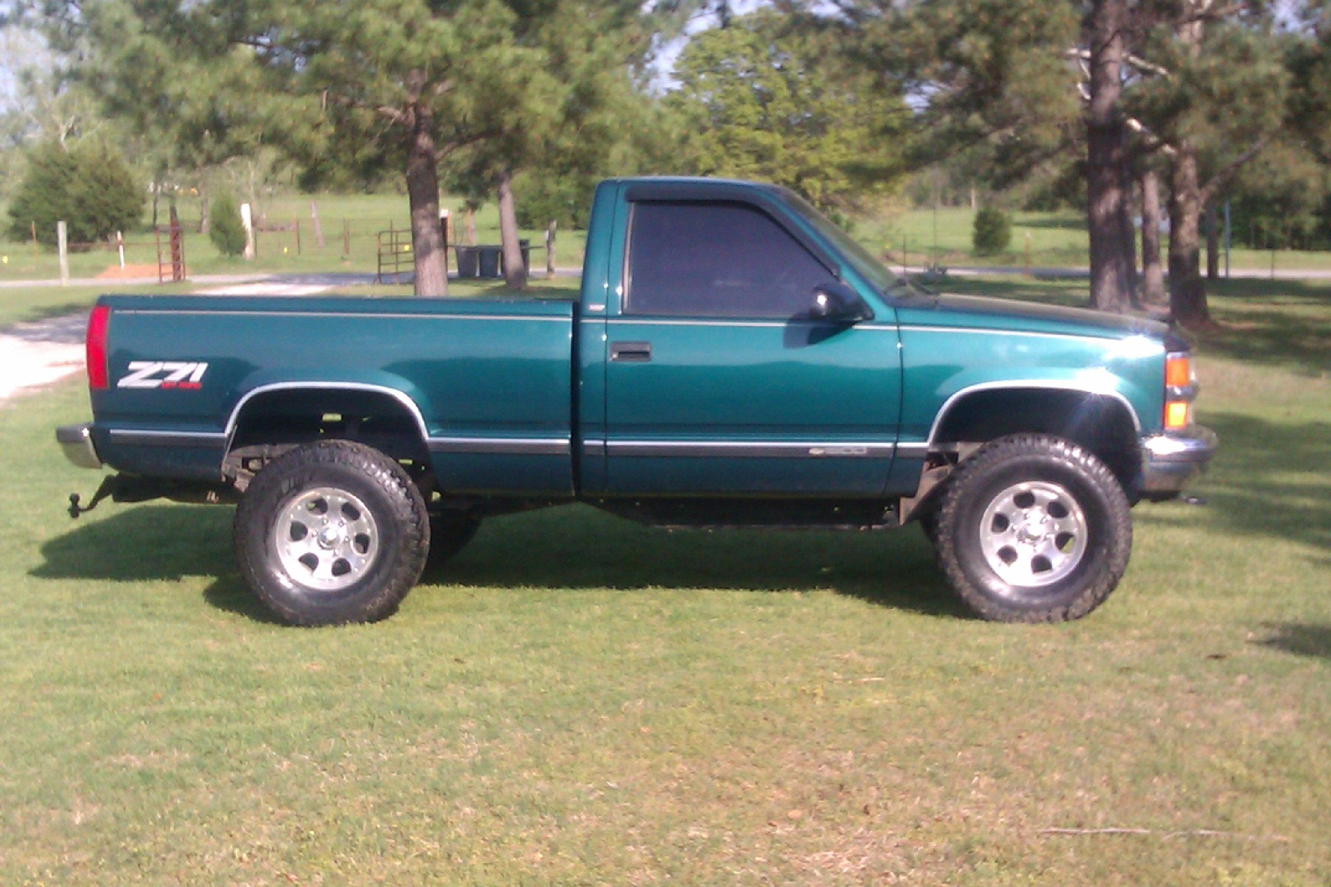 Love my truck, 98 silverado. | Trucks & junk | Pinterest