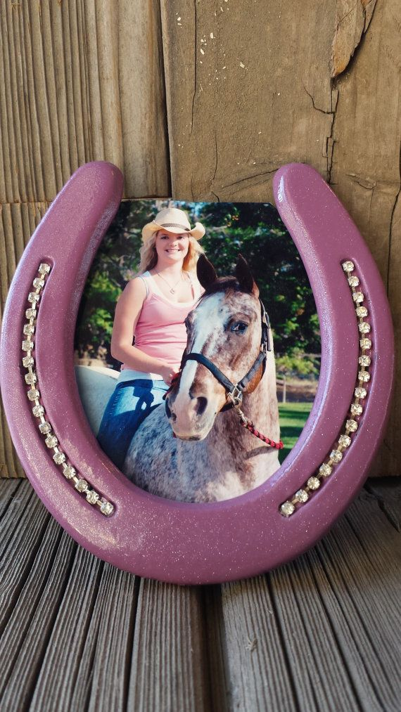 Horseshoe Art - Horse Picture Frame - Horseshoe Picture Frame - Horse Shoe Decor - Bling Picture Frames - Horse Decor - Decorated Horse Shoe