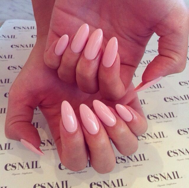 Perfect Pale Pink Long Almond Nails These Are Erryythanngg Nail Colors Almond Acrylic Nails