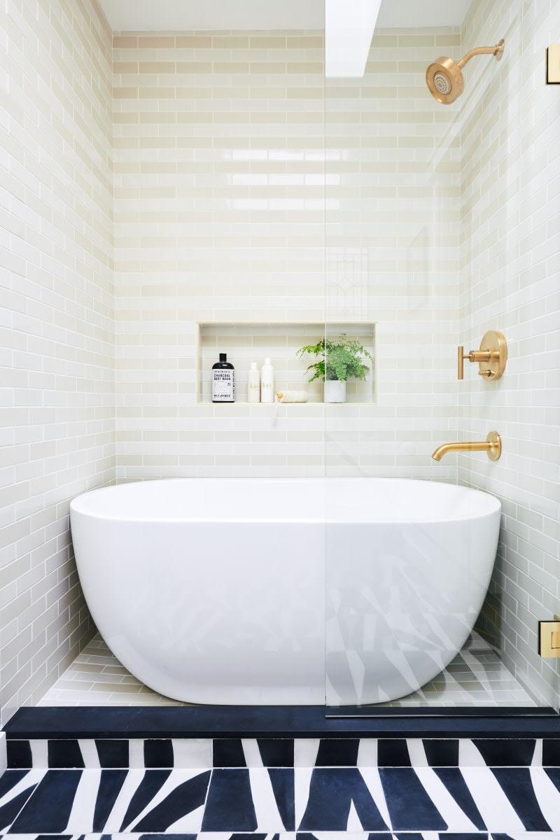 Bathroom Design With Walk In Shower And Freestanding Bathtub Free Standing Bath Tub Small Bathroom Remodel Bathroom Interior Design