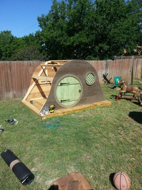 My Friends Think I M Kidding When I Say I Ll Have A Hobbit House