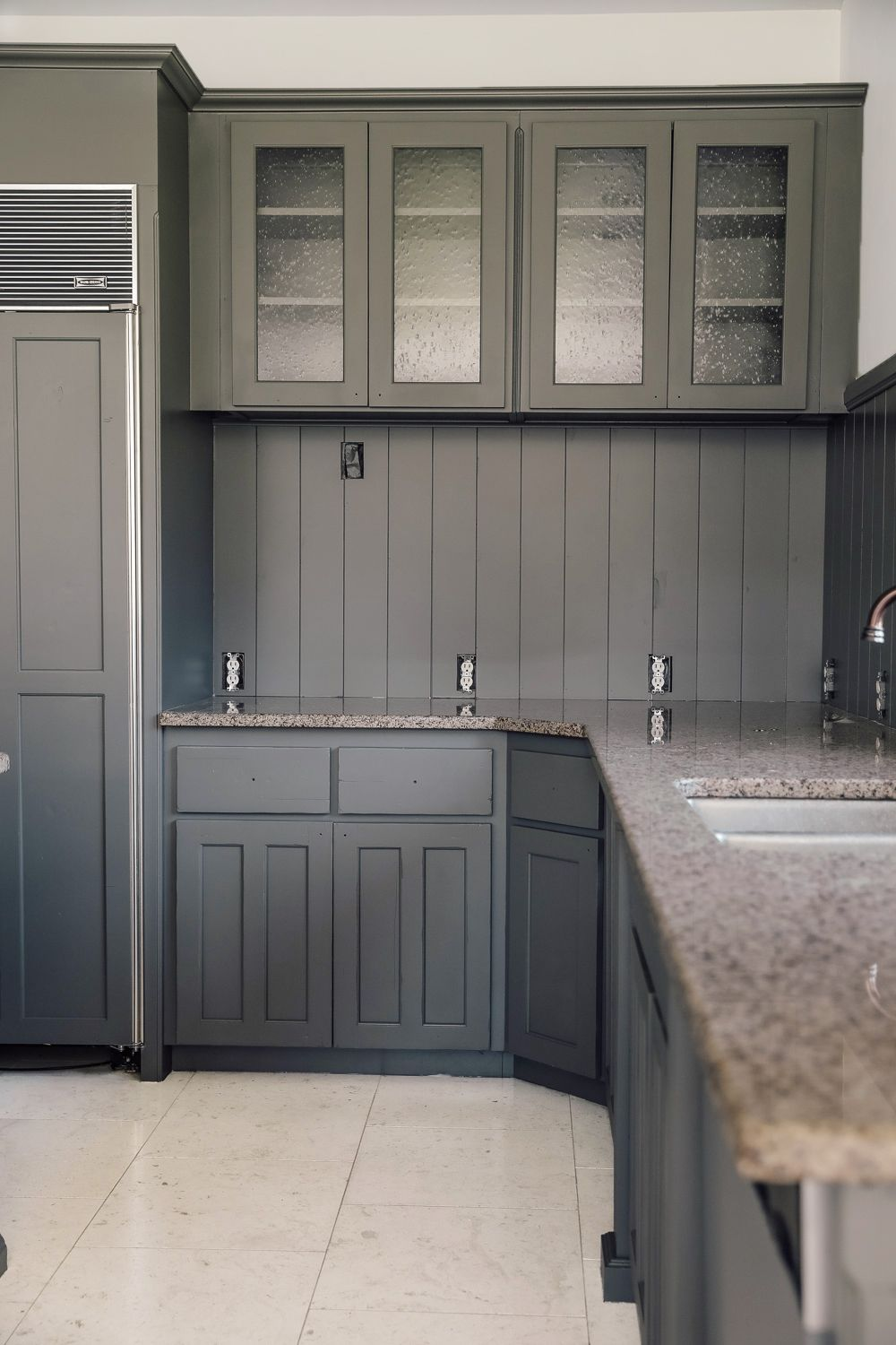 How To Paint Your Cabinets In A Weekend Without Sanding Them In 2020 Painting Cabinets Unfinished Cabinets New Kitchen Designs