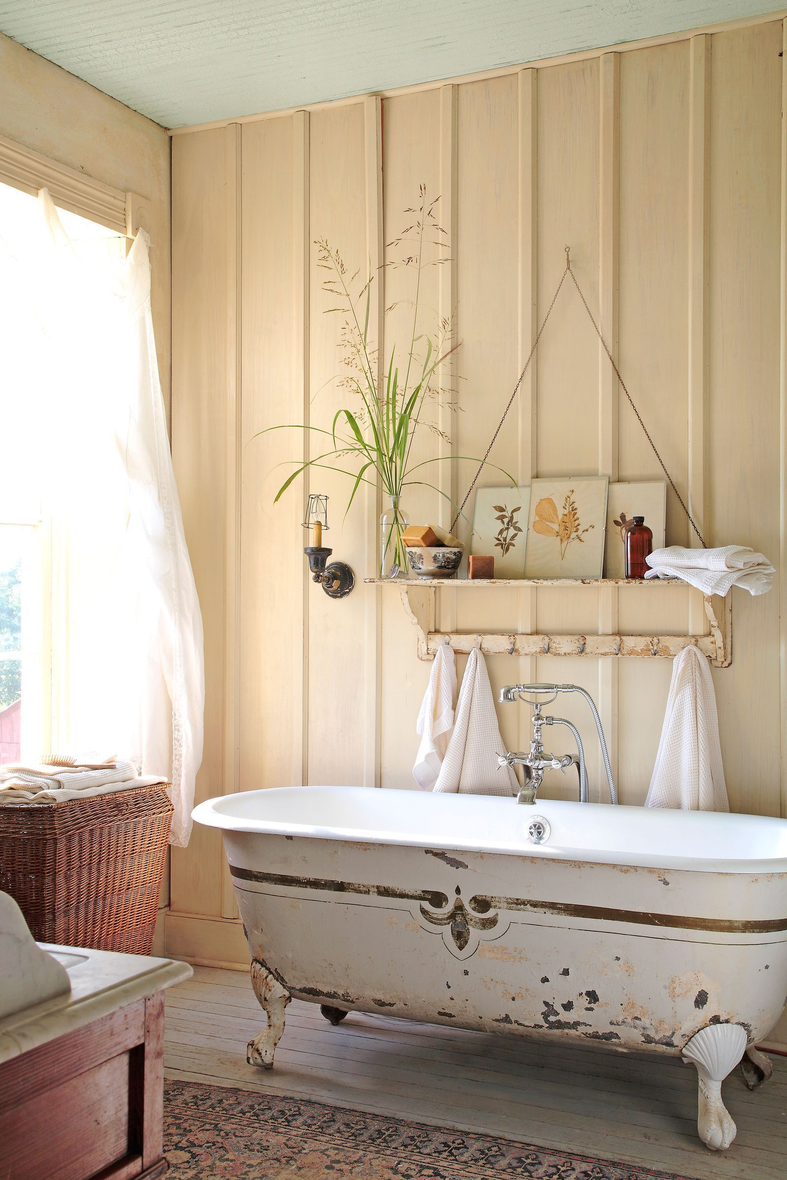 Rustic Bathroom countryliving | Shabby, cottage 2 English, French ...