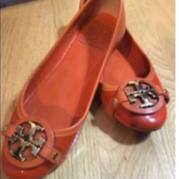 8582d5b6fa65bd Authentic TORY BURCH Aaaden Flats These Tory Burch Aaaden flats are so  comfortable to walk stand