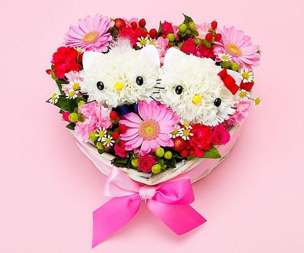 Hello Kitty flower heart centerpiece, Valentine\'s Day Hello Kitty ...