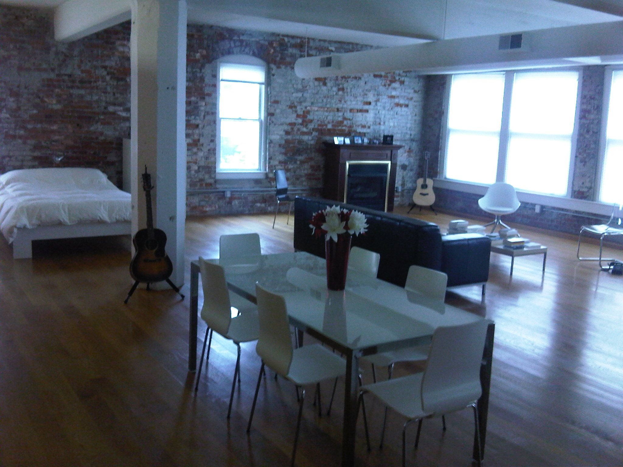 I Adore This Studio Space :) Joshua Milburn The Minimalists Apartment