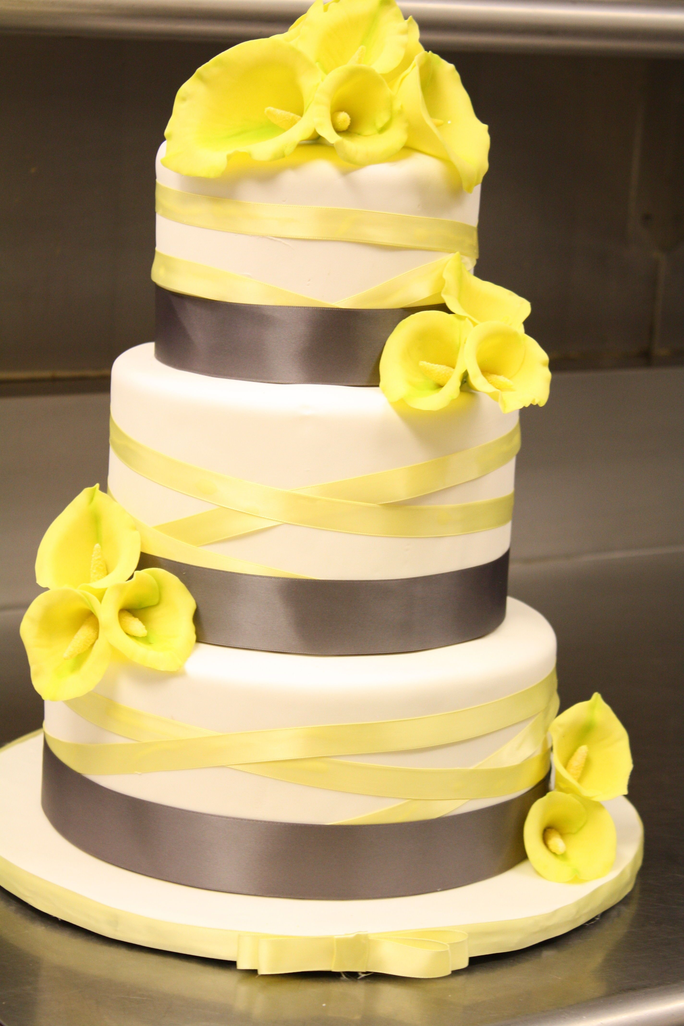 calla lily wedding cake in grey and yellow my first time making