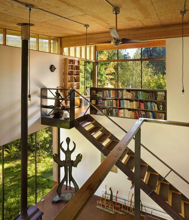 Like the Mezzanine. On Puget Sound, activist and filmmaker Anna Hoover collaborated with Les Eerkes, a principal at Olson Kundig Architects