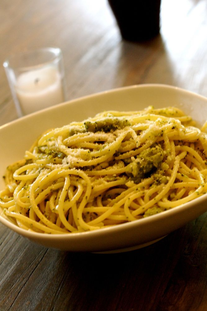 Spaghetti with Brocolli and Walnuts - A Vegan Blogging Extravaganza at The Flaming Vegan