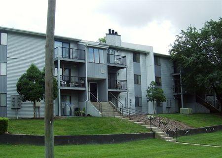 336 375 8133 1 2 Bedroom 1 1 Bath Autumn Ridge Apartments 199 Wind Rd Greensboro Nc 27405 Apartments For Rent Apartment Great Places