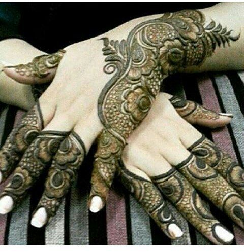 شرايكم الراعي الرسمي للحساب مجوهرات كهرمان للذهب Kahraman Gold Kahraman Gold حنه حناء Unique Henna Henna Designs Easy Beautiful Henna Designs