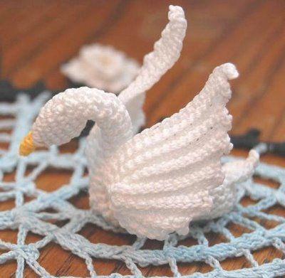 Free Crochet Swan Doily Pattern : crocheted swan Crochet Birds Pinterest Swans and Crochet