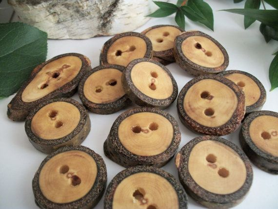 MAKE A FRAME Wood Handmade Buttons - 12 Aspen Wood Tree Branch Buttons - 1 - 1 1/8 inch - Made in Michigan - Journals, Cowls, Pillows, Scarves and Hats,