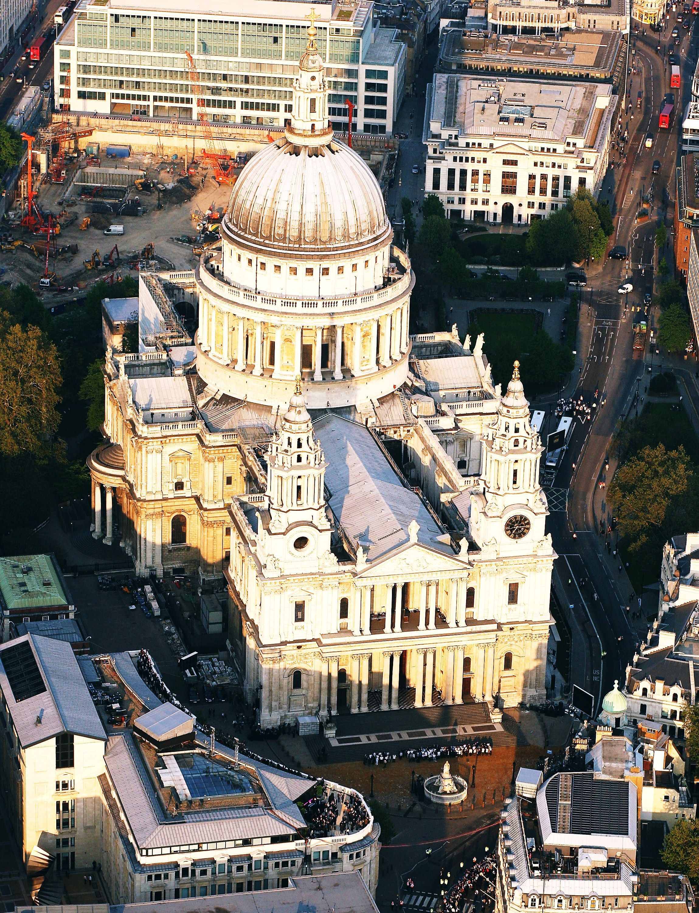 7. St. Paul's Cathedral, London, England - 7 Stunning Churches of Europe … |Travel