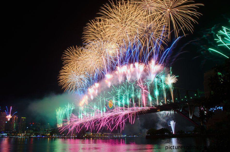 New Years Fireworks in Sydney Pictures of the