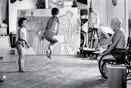 Picasso_holds_a_jump_rope_for_his_two_youngest_children  http://www.zaidan.ca/Art_Gallery/Picasso/Pablo-Picasso.htm