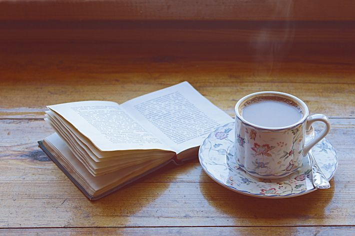 Book and coffee | Slow Life Blog