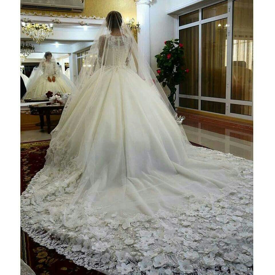 Wedding dress patterns with sleeves  Pin by laura on NOIVAS  Pinterest