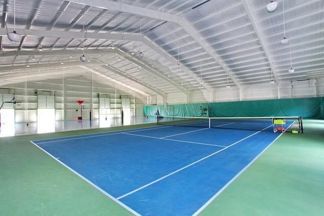 Celebrity House Pictures Celebrity Homes Indoor Tennis Tennis Court Indoor Basketball Court