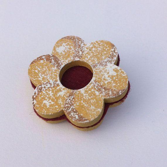 Flower Wooden Biscuit Brooch