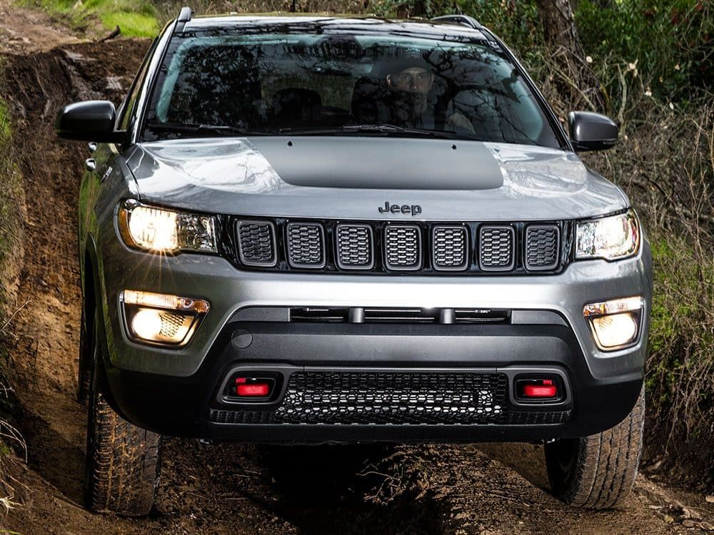 2019 Jeep Compass Overview Exterior Pillar Trackhawk Front Fascia