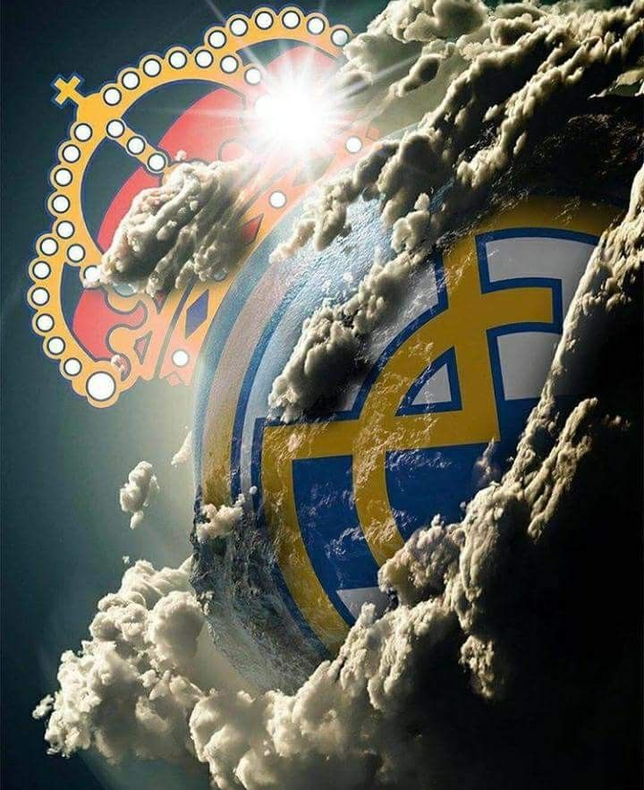 Pin By Patrik Wheelwright On Real Madrid A Historia Do Futebol Real Madrid Logo Real Madrid Wallpapers Madrid Wallpaper