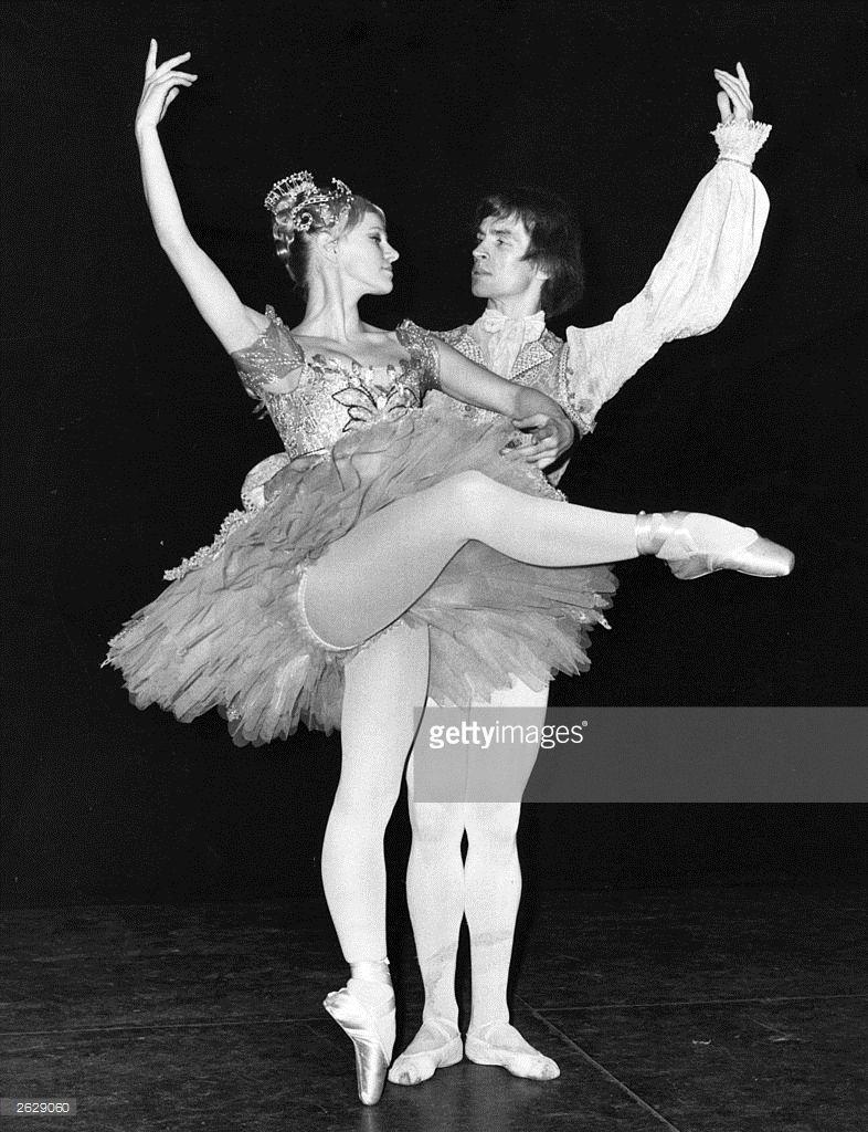 галина лобанова балерина фото вторые веселит радует