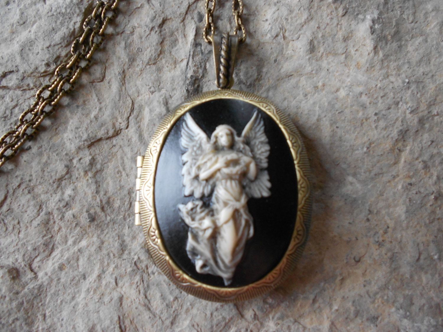 kopie icatchy shop jewellery guardian dsc lockets necklaces gold angel