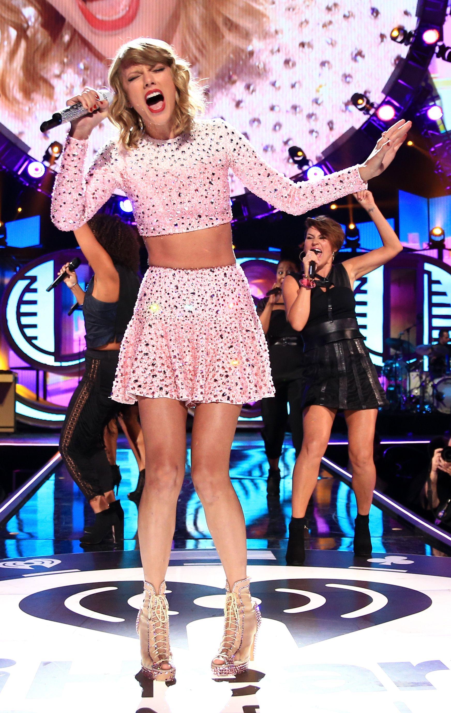 thegirlwhocruisestoomuch // Taylor Swift // | Taylor Swift | Pinterest