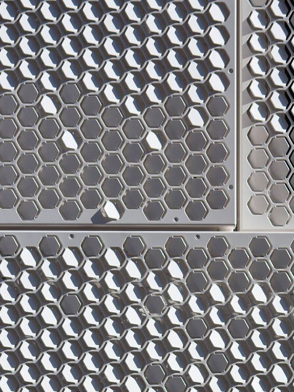 hexagon facade in Amsterdam by :: Chris Kabel