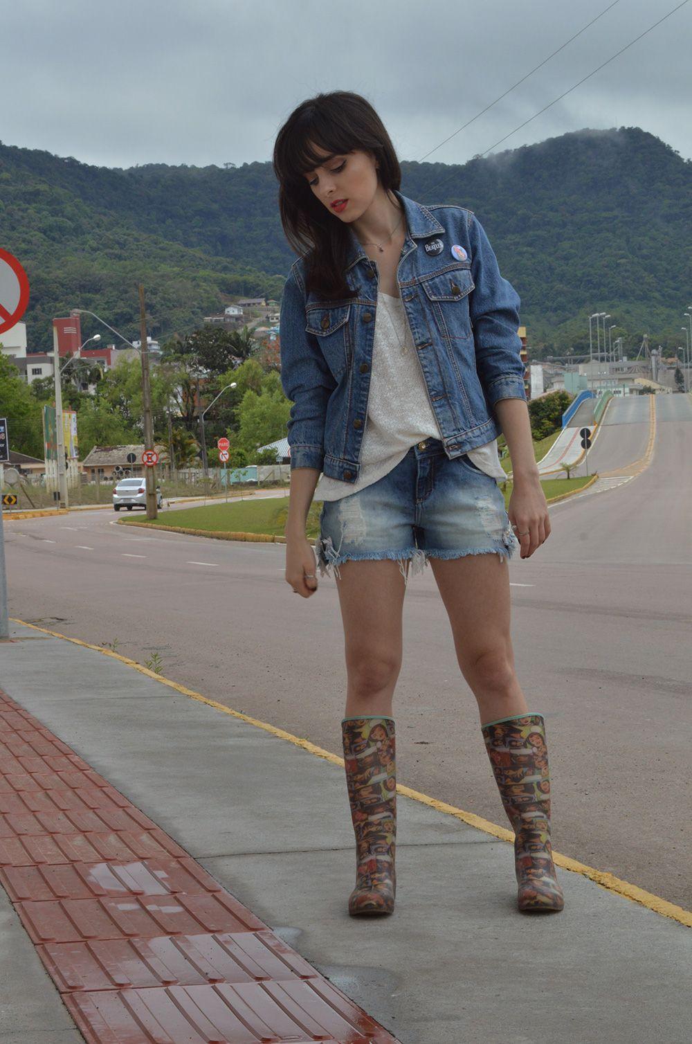 Look shorts e jaqueta jeans blog Ela Inspira - http://www.elainspira.com.br/look-read-my-mind/